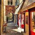 An Alley In Avignon by Mel Steinhauer