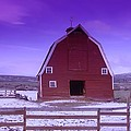 An Old Barn In The Wenas by Jeff Swan