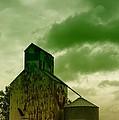 An Old Grain Silo In Eastern Montana by Jeff Swan