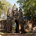 Angkor Thom North Gate 02 by Rick Piper Photography