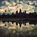 Angkor Wat Sunset by Kim Andelkovic
