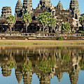 Angkor Wat Temple Complex (12th Century by David Wall