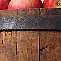 Apples by Munir Alawi