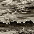 Approaching Monument Valley by Ron White