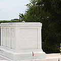 Arlington National Cemetery - Tomb Of The Unknown Soldier - 01136 by DC Photographer