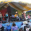 Arlo Guthrie And Family by Concert Photos