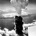 Atomic Burst Over Nagasaki by Us Air Force/science Photo Library