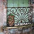 Au Balcon by Nikolyn McDonald