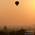 Bagan Sunset - Myanmar by Luciano Mortula