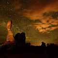 Balanced Rock And The Milky Way by Raul Touzon