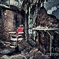 Barber's Chair by Claudia Kuhn