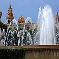 Barcelona Fountain Placa De Catalunya by Toby McGuire