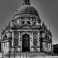 Basilica Di Santa Maria Della Salute Venice by Uri Baruch