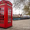 Battersea Phone Box by Matt Malloy