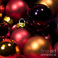 Bauble Abstract by Anne Gilbert