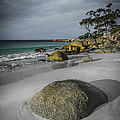 Bay Of Fires 2 by Paul Woodford