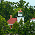 Bay Of Green Bay Lighthouse by Tommy Anderson