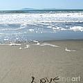 Beach Love by Linda Woods