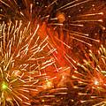 Beautiful Fireworks 4 by Jeelan Clark