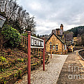 Berwyn Station by Adrian Evans