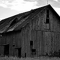 Black And White Barn by Aaron Greuel