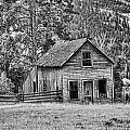 Black And White Old Merritt Farmhouse by Randy Harris