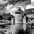 Scotney Castle In Mono by Bel Menpes