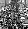 Blackout Jams Brooklyn Bridge by Underwood Archives