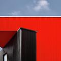 Black/red. by Harry Verschelden