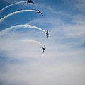 Blades Formation Loop by Scott Lyons