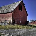 Bozeman Barn by Mark Harrington
