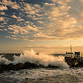 Breaking Waves Iv by Marco Oliveira