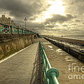Brighton Promenade by Rob Hawkins