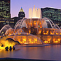 Buckingham Fountain, Chicago, Illinois by Panoramic Images