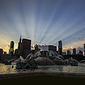 Buckingham Fountain With Rays Of Sunlight by Sven Brogren