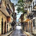 Calle 8a Este by Bob Hislop