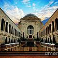 Canberra 10 by Ben Yassa