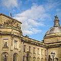 Cardiff City Hall by Mark Llewellyn