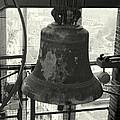 Carillon by Jolly Van der Velden