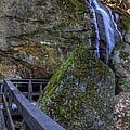 Cascade Falls by David Dufresne