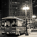 Chicago Trolly Stop by Melinda Ledsome