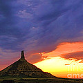 Chimney Rock Nebraska by Olivier Le Queinec