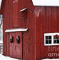 Christmas Barn 3 by Linda Shafer