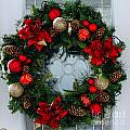 Christmas Wreath Greeting Card by Barbara Griffin