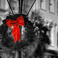 Christmas Wreath In Charleston by Andrew Crispi