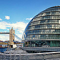 City Hall - London by Kim Andelkovic