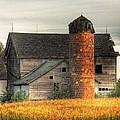 Classic Barn by David Horst