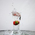 Berry Big Splash by Kerri  Lane