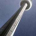 Cn Tower by Joana Kruse