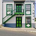 Colonial House by Karol Kozlowski